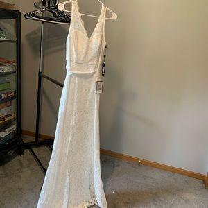 Adrianna Papell Sleeveless Lace Trumpet Dress